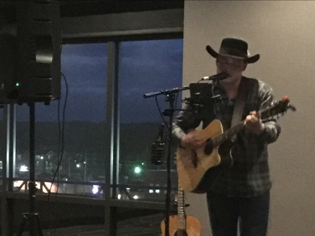 Nick Walsh excites crowd at Bluemont Hotel