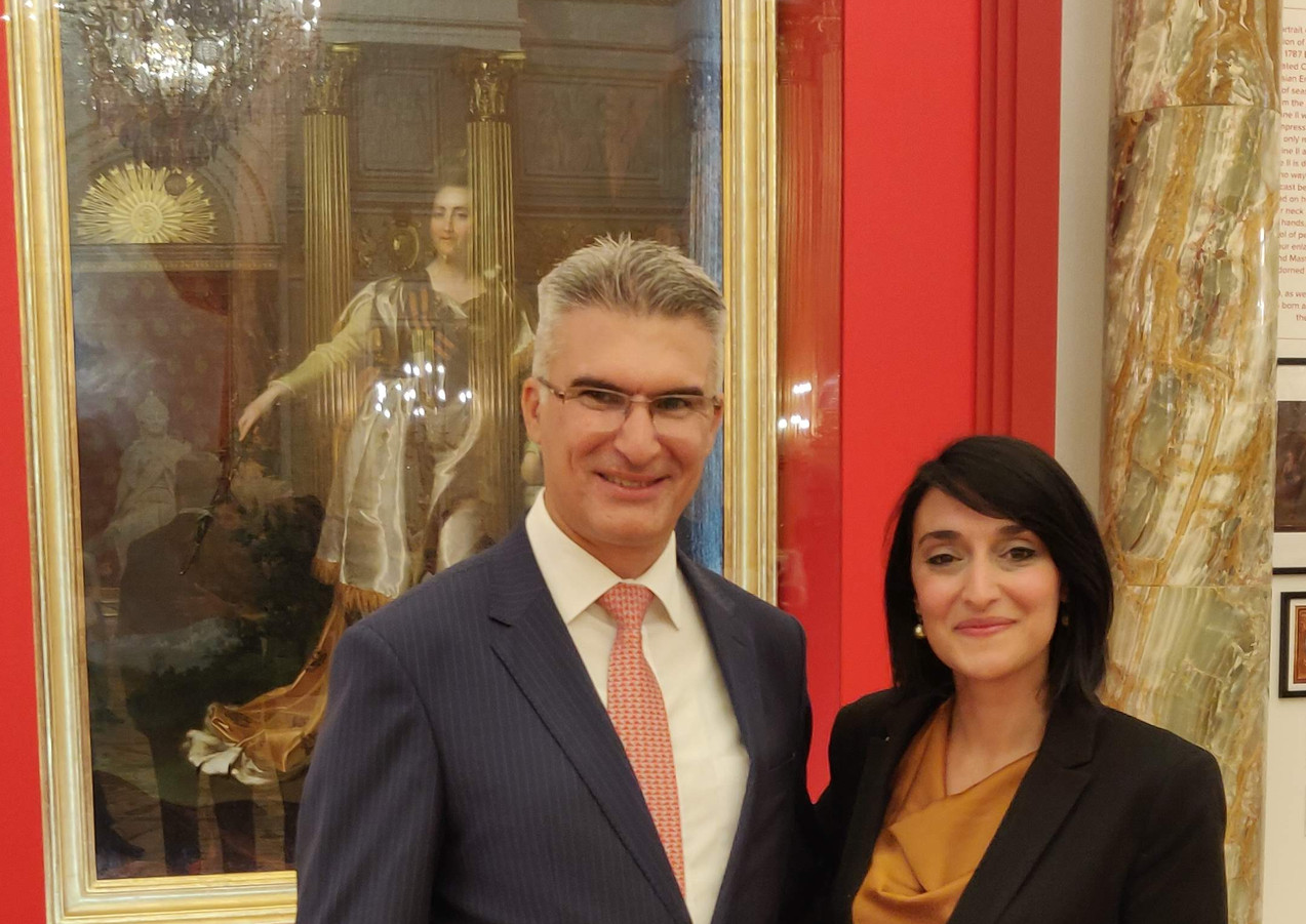 Hon. Carmelo Abela, Minister for Foreign Affairs and Trade Promotion and Fine Arts Conservator-Restorer Amy Sciberras. Photograph taken during the inauguration of the restored painting of Catherine the Great, exhibited at the Tsaritsyno Museum in Moscow.