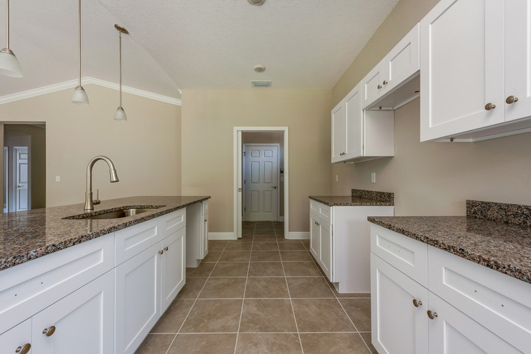 Kitchen - Willow Oak Floor Plan - Eleven Oaks
