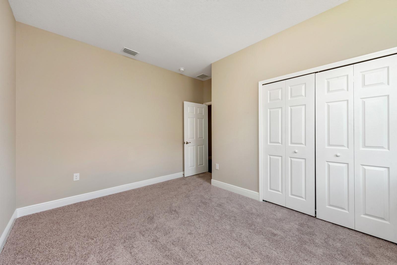 Guest Bedroom - Eleven Oaks - Laurel Oak Floor Plan