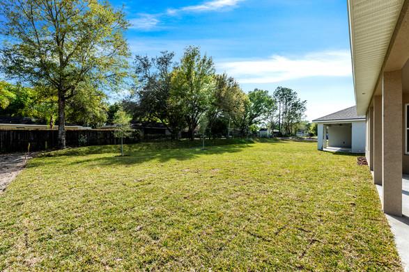 Backyard - Willow Oak Floor Plan - Eleven Oaks
