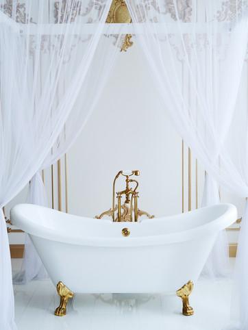 White Bathtub