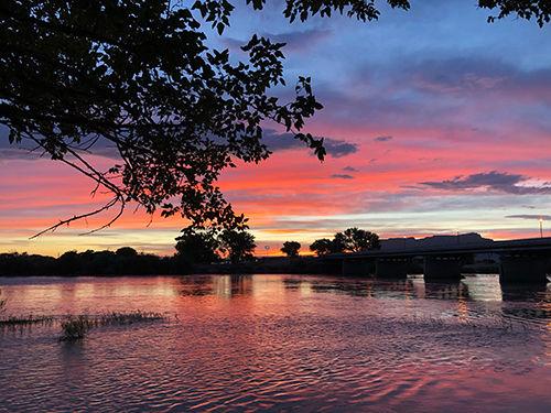 Green River Sunset 500.jpg