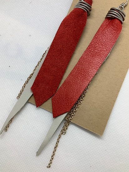 Red earrings with chain