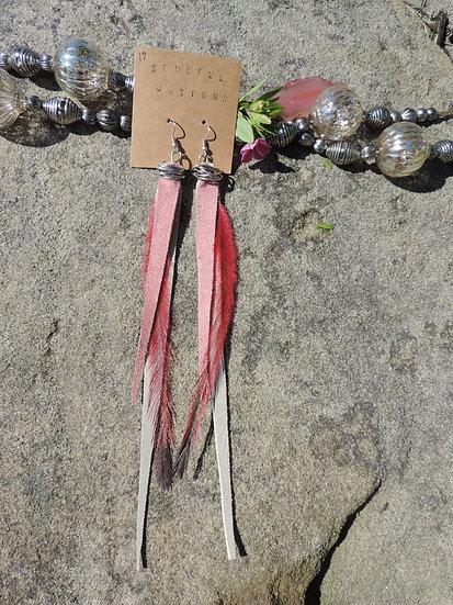 'Happy Pink' medium length earrings