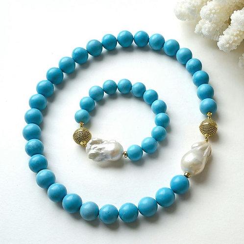 Колье и браслет из натурального крупного жемчуга барокко и голубой бирюзы
