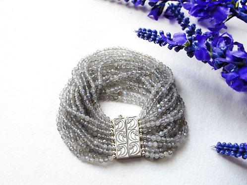 """Объемный браслет из лабрадорита и серебра 925 """"Туманы..."""""""