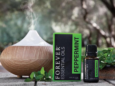 10 Façons d'utiliser l'huile essentielle de menthe poivrée FOREVER.