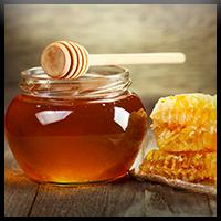 Traiter l'acné avec du Miel