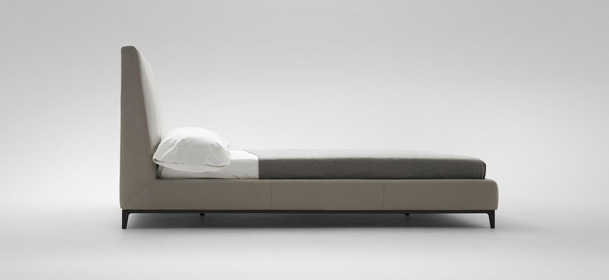 crescent-bed2jpg