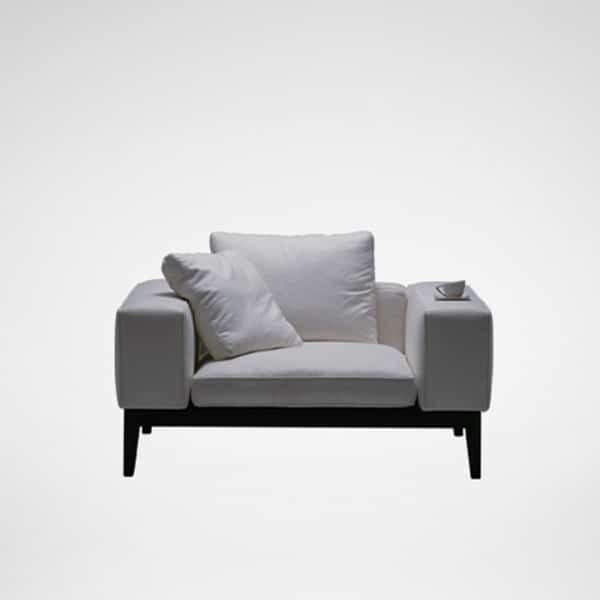 Moodie Chair