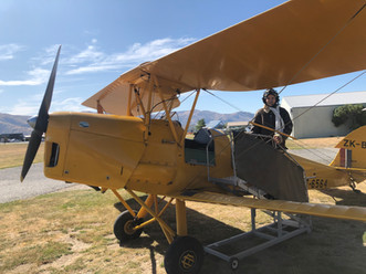 Tigermoth with female pilot.jpg