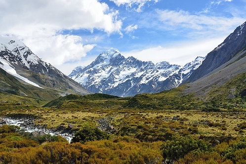 Mt Cook Mighty Peaks and Glaciers