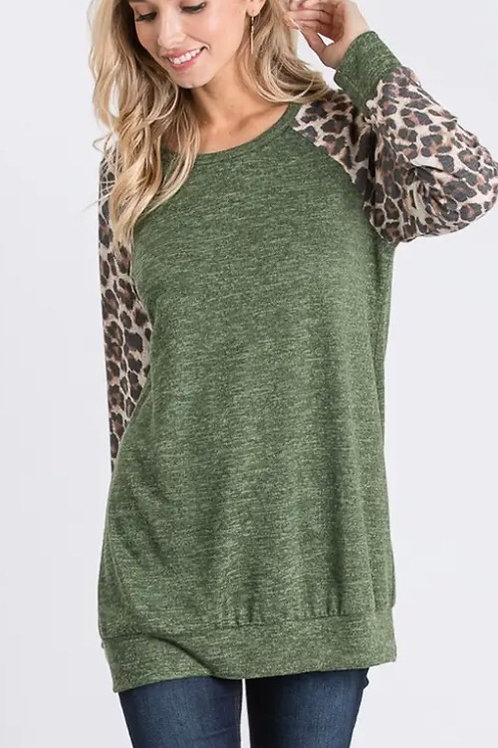 Animal Print Sleeve Top
