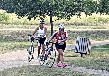 Du Bike Sisters Pic2.jpg
