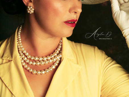 """Angélique alias """"Rosa Rossa"""" 2ème Dauphine Miss Pin-Up Nouvelle Aquitaine"""