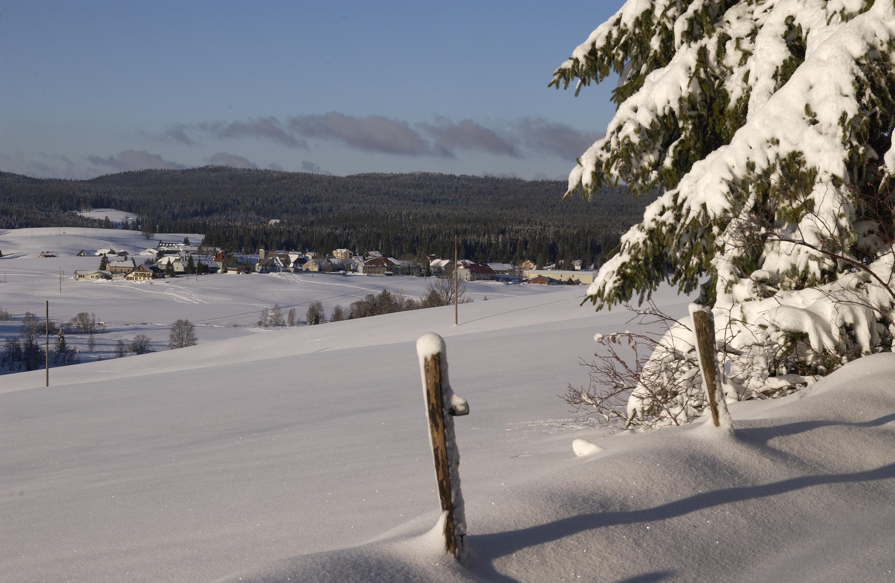 Chapelle des Bois sous la neige