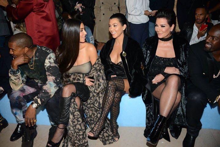 Summer 2017__Kanye West, Kim Kardashian, Kourtney Kardashian, Kri