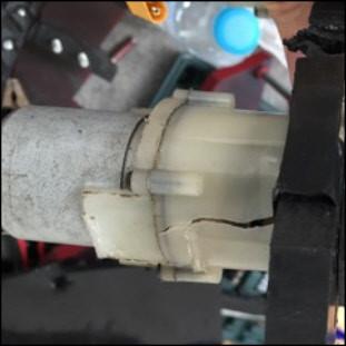 Cracked Gearbox.jpg