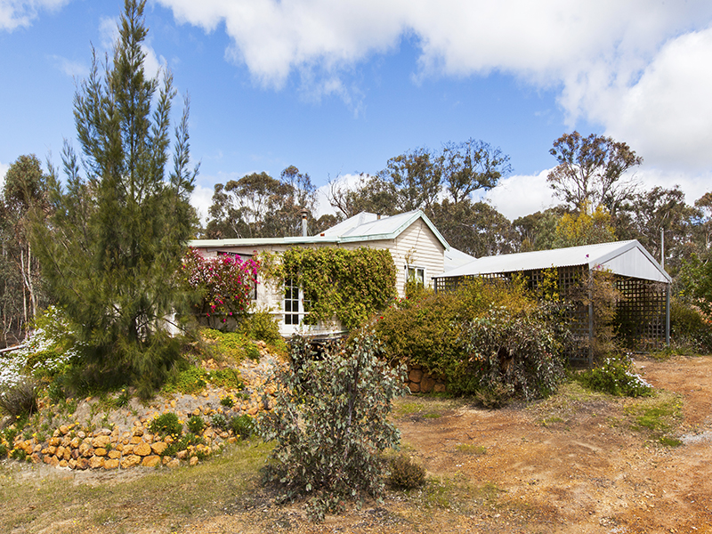 LAND NEAR TOODYAY FOR SALE