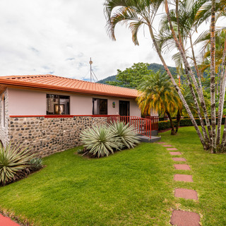 The Mariposa guest house