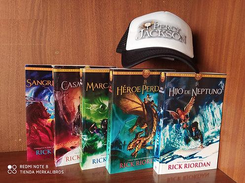 Coleccion Percy Jackson Segunda x 5 Libros Rick Riordan Gratis Gorra Percy