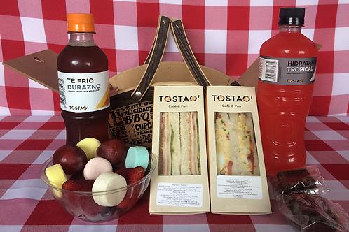 Picnic Tostao Incluye Canasta , Mantel  y Catering Tostao Ref 50510