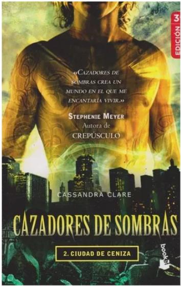 Cazadores De Sombras Ciudad de Ceniza Libro Cassandra Clare