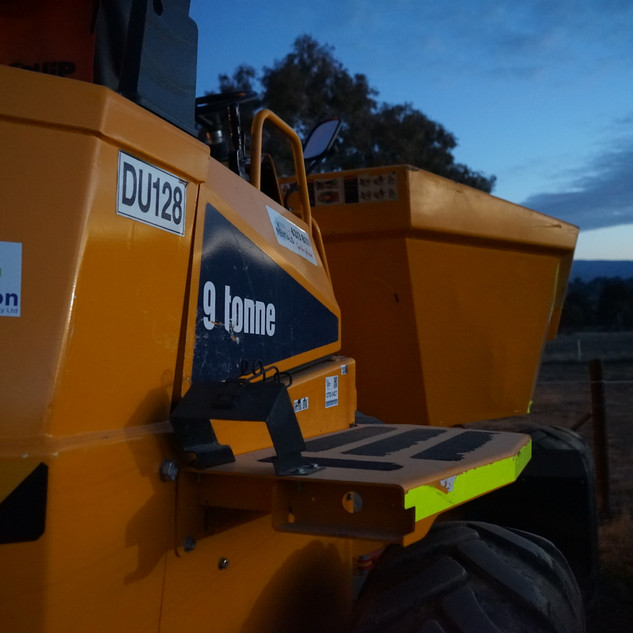 9.0T Dumper KR Photo 2.JPG