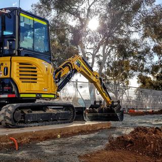 3.5T Excavator KR Photo 3.jpg