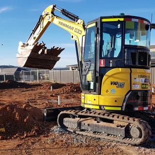 3.5T Excavator KR Photo 4.jpg