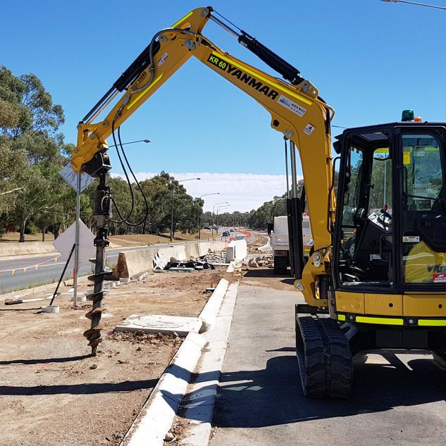 5.5T Excavator KR Photo 1.jpg