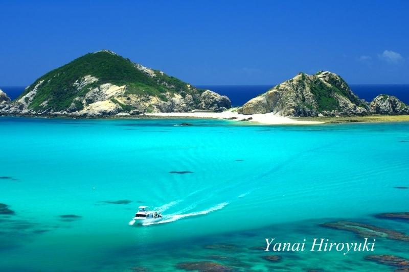 渡嘉敷島、ケラマブルーの海(沖縄県)