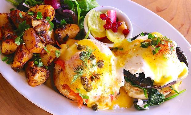 Eggs Bennie.jpg