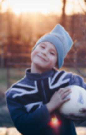 ball-blur-boy-670740.jpg