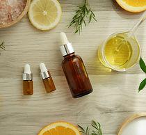 natural cosmetic skincare serum packagin