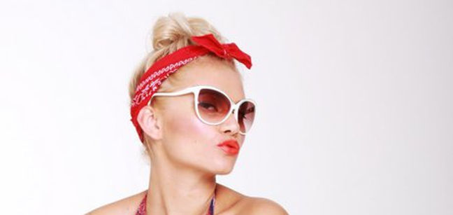Pin-Up Blond