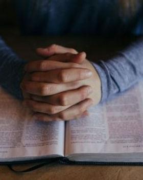 bible praying hands.jpg