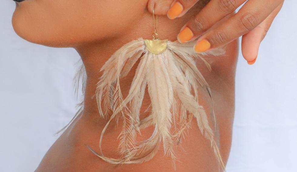Ngurun_fan_earrings_Bindimu02.jpg