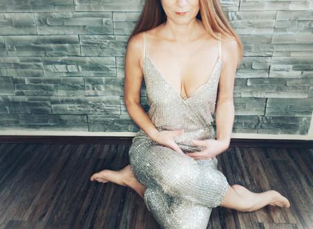 Warum du regelmäßig Yoga praktizieren solltest?!