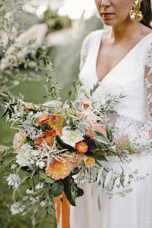 bouquet de mariée flou corail hanayafleu