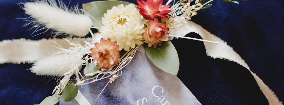 Bracelets fleurs sechees demoiselles d'h