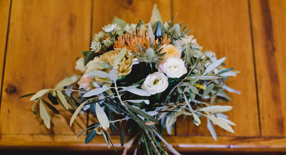 Bouquet corail à la vierge Hanayafleurs