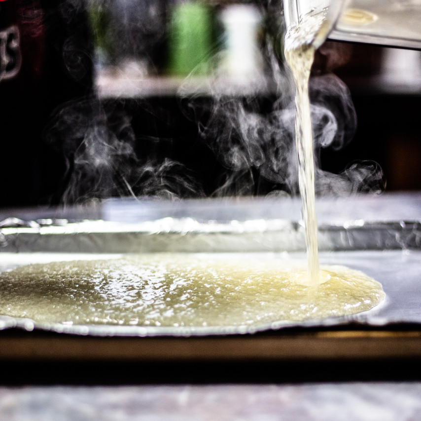 pouring melted sugar