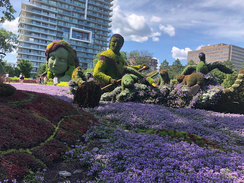 mosaiculture sculptures Canada