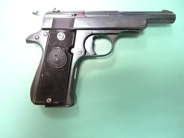 Pistol Star mod 1942