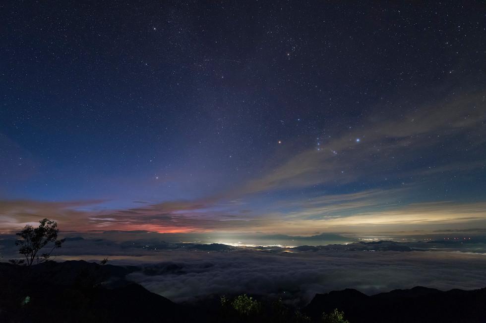 冷池山荘からの日の出.jpg
