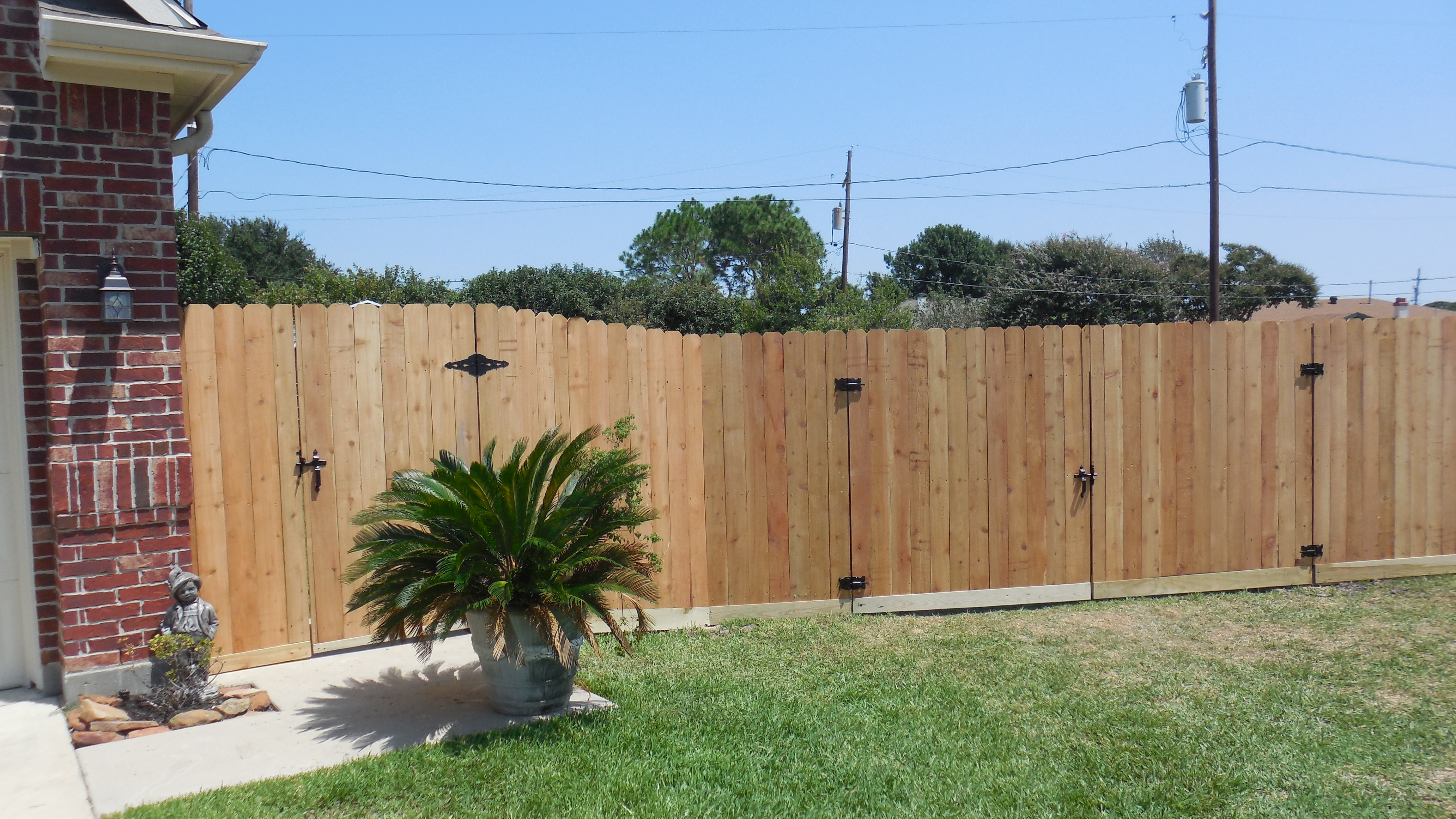 Privacy Fence (Metal Gate Frames)