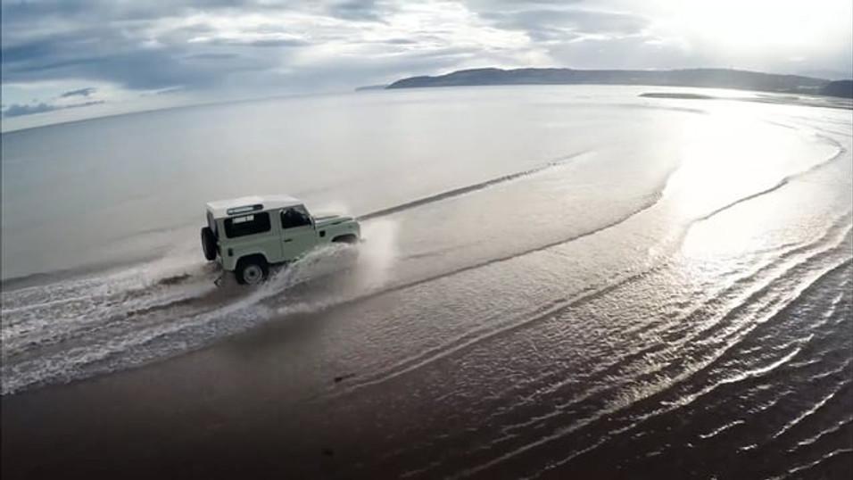 Land Rover - Defender Heritage