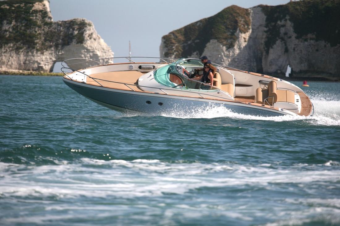 Cormate T-27 Illustrasjonsfoto av tilsvarende båt